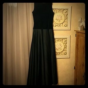 JS Collections Dresses - Elegant Black floor length prom gown